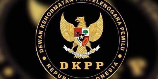 DPR akan Panggil DKPP Terkait Pencopotan Ketua KPU Arief Budiman DPR akan Panggil DKPP Terkait Pencopotan Ketua KPU Arief Budiman