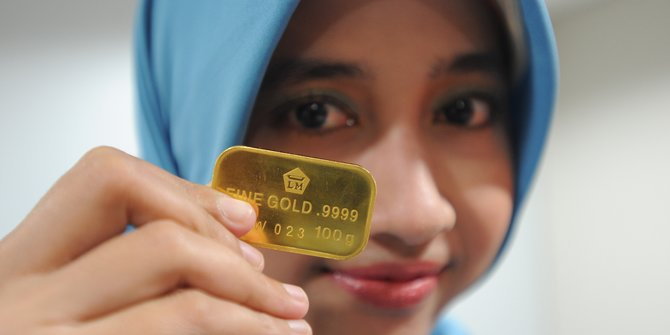 Harga Emas Terjun Rp10.000, Dibanderol Rp955.000 per Gram