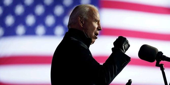 Hari Pertama Menjabat Joe Biden akan Cabut Larangan Bagi Muslim Masuk AS
